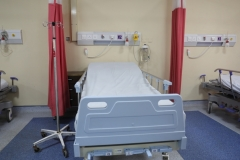 ARJOHUNTLEIGH HYDROHAULIC EMERGENCY  PATIENT TROLLEY
